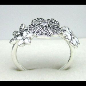 Authentic Pandora Shimmering Bouquet Ring